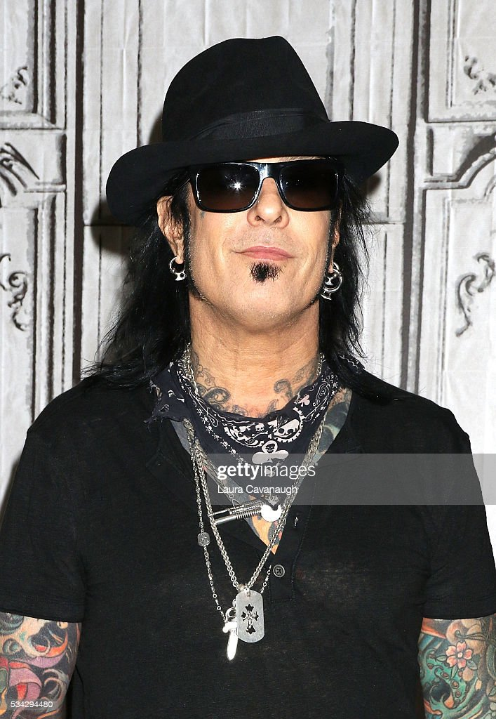 """AOL Build Presents: Sixx:A.M. Discussing Their Latest Release """"Prayers For The Damned Vol 1"""""""