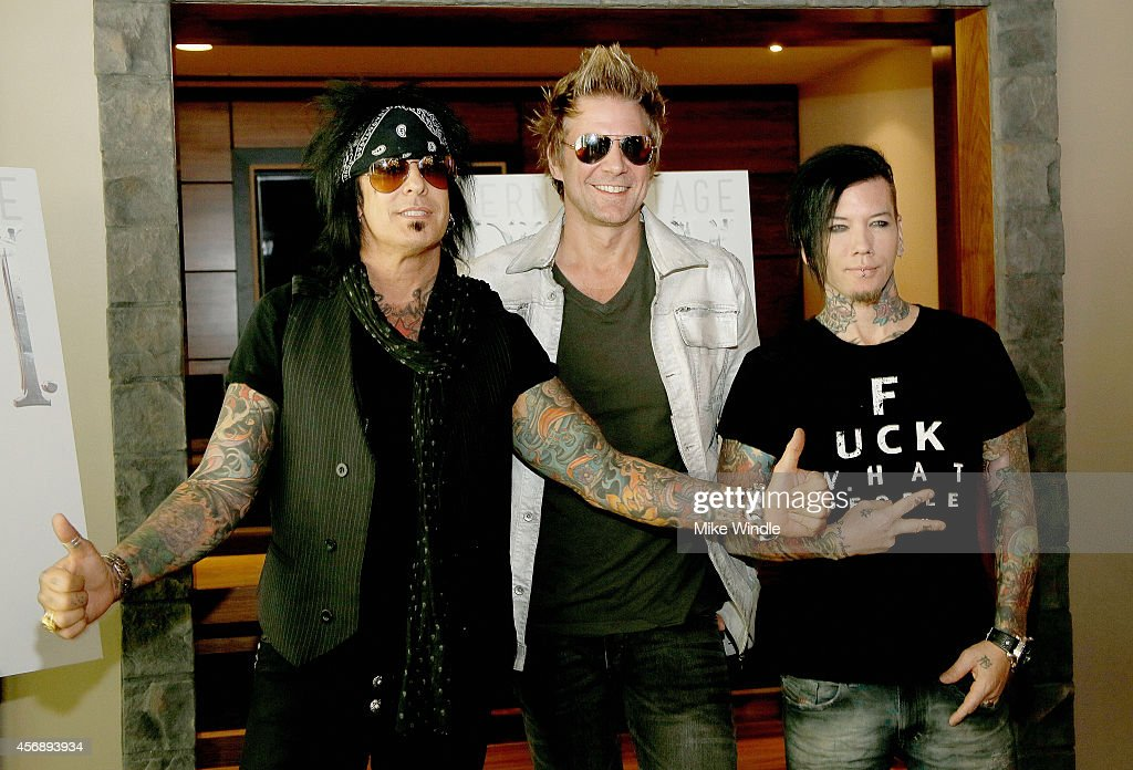 james michael dating sixx am Nikki sixx relationship list nikki sixx dating history, 2018 mick mars, dj ashba, james michael sixx:am nikki sixx.