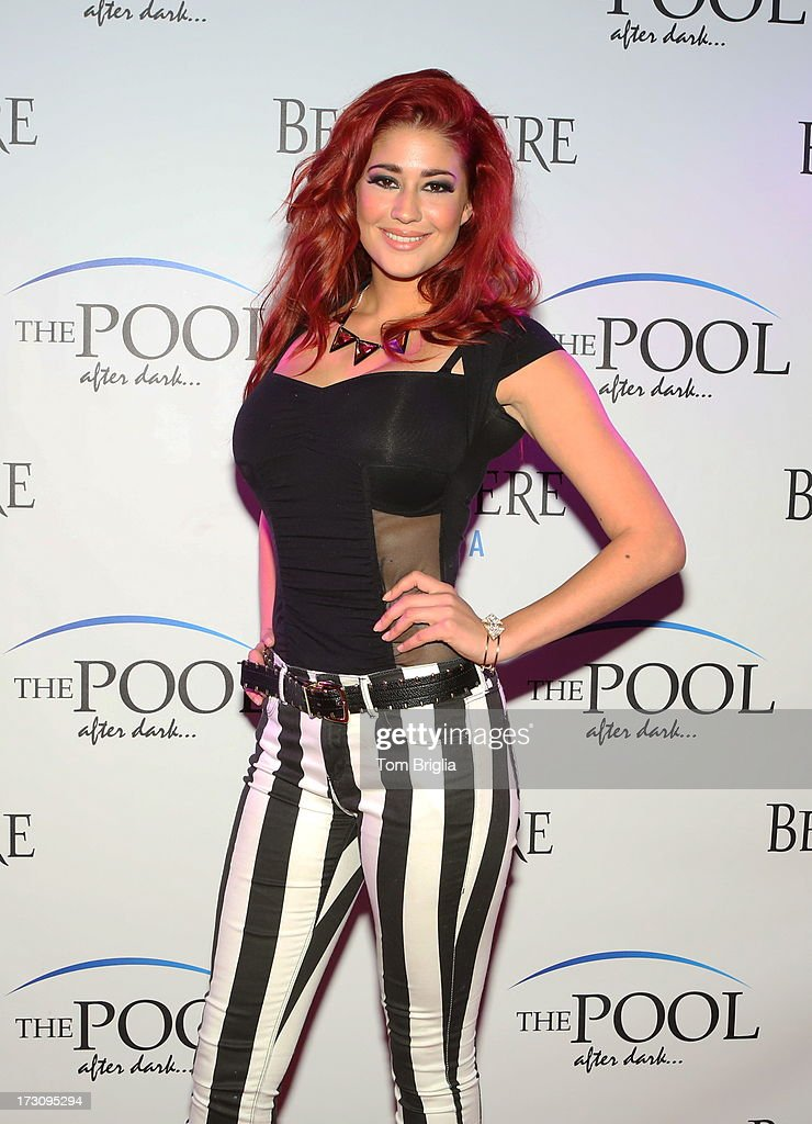 <a gi-track='captionPersonalityLinkClicked' href=/galleries/search?phrase=Nikki+Williams&family=editorial&specificpeople=5882315 ng-click='$event.stopPropagation()'>Nikki Williams</a> performs at The Pool After Dark at Harrah's Resort on Saturday July 6, 2013 in Atlantic City, New Jersey.
