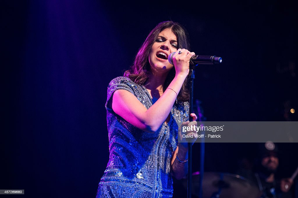Nikki Yanofsky performs at l' Alhambra on October 15 2014 in Paris France
