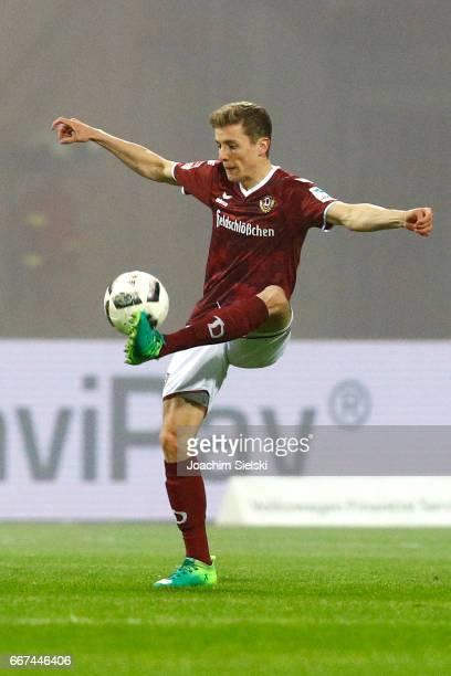 Niklas Hauptmann of Dresden during the Second Bundesliga match between Eintracht Braunschweig and SG Dynamo Dresden at Eintracht Stadion on April 10...