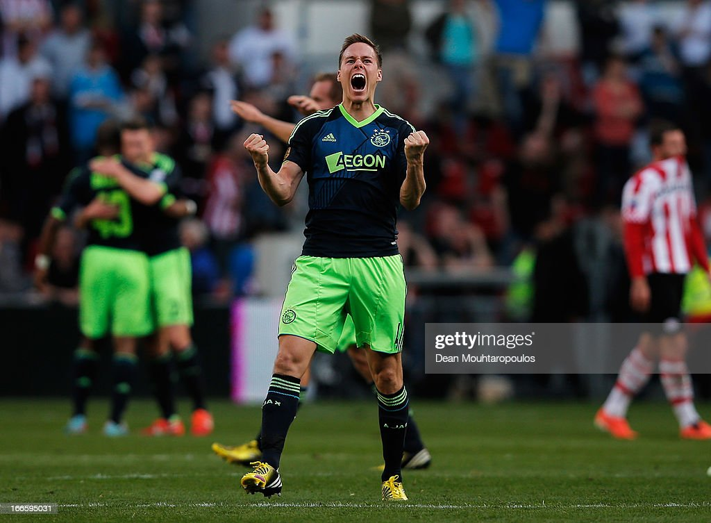 <a gi-track='captionPersonalityLinkClicked' href=/galleries/search?phrase=Niklas+Moisander&family=editorial&specificpeople=5522239 ng-click='$event.stopPropagation()'>Niklas Moisander</a> of Ajax celebrates after victory in the Eredivisie match between PSV Eindhoven and Ajax Amsterdam at Philips Stadion on April 14, 2013 in Eindhoven, Netherlands.