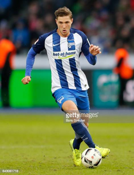 Niklas Stark of Hertha BSC runs with the ball during the Bundesliga match between Hertha BSC and Bayern Muenchen at Olympiastadion on February 18...