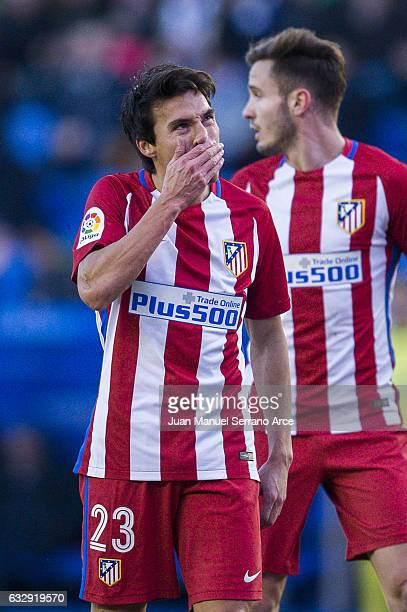 Niko Gaitan of Atletico Madrid reacts during the La Liga match between Deportivo Alaves and Atletico Madrid at Mendizorroza stadium on January 28...