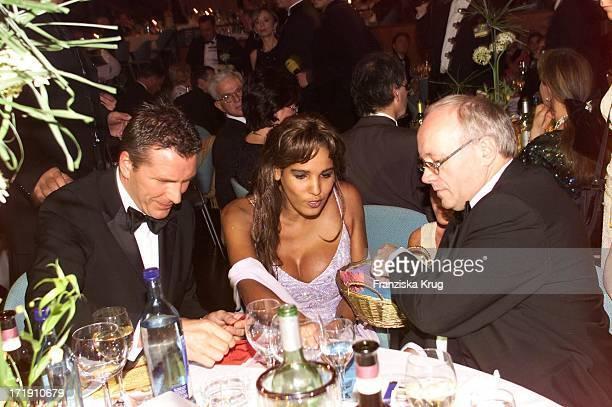 Niko Jordon Nadja Abd El Farrag Mit Manager Gerd Graf Bernadotte Beim 'Ball Der Sterne' In Mannheim Am 201001