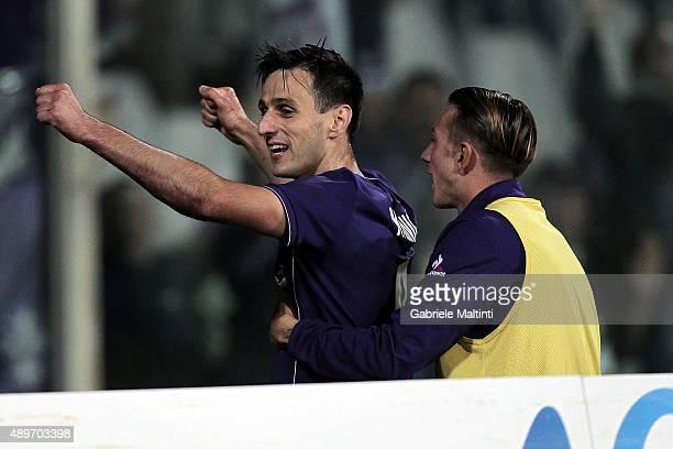 Nikola Kalinic of ACF Fiorentina celebrates after scoring a goal during the Serie A match between ACF Fiorentina and Bologna FC at Stadio Artemio...