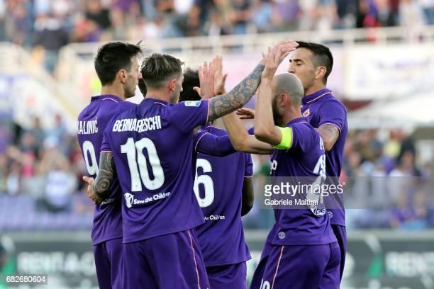 Nikola Kalinic of ACF Fiorentina celebrates after scoring a goal during the Serie A match between ACF Fiorentina and SS Lazio at Stadio Artemio...