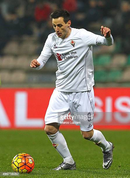Nikola Kalinic of ACF Fiorentina in action during the Serie A match between US Sassuolo Calcio and ACF Fiorentina at Mapei Stadium Città del...
