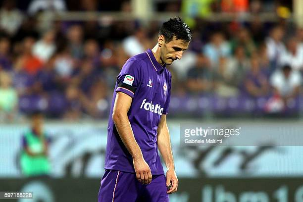 Nikola Kalinic of ACF Fiorentina shows his dejection during the Serie A match between ACF Fiorentina and AC ChievoVerona at Stadio Artemio Franchi on...
