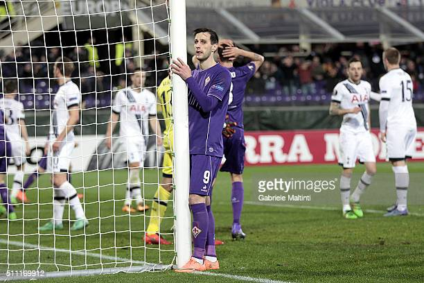 Nikola Kalinic of ACF Fiorentina shows his dejection during the UEFA Europa League Round of 32 first leg match between Fiorentina and Tottenham...