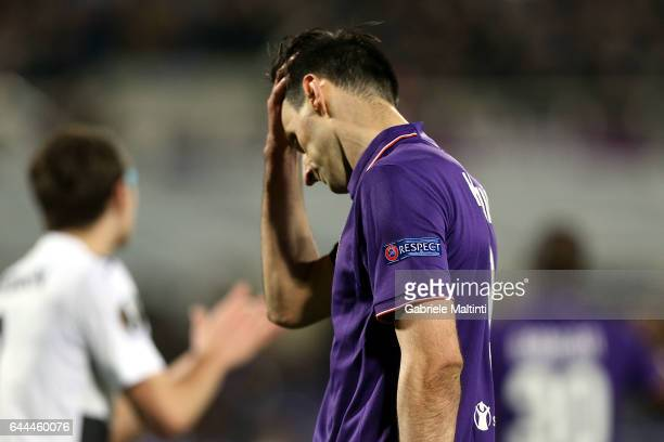 Nikola Kalinic of ACF Fiorentina shows his dejection during the UEFA Europa League Round of 32 second leg match between ACF Fiorentina and Borussia...