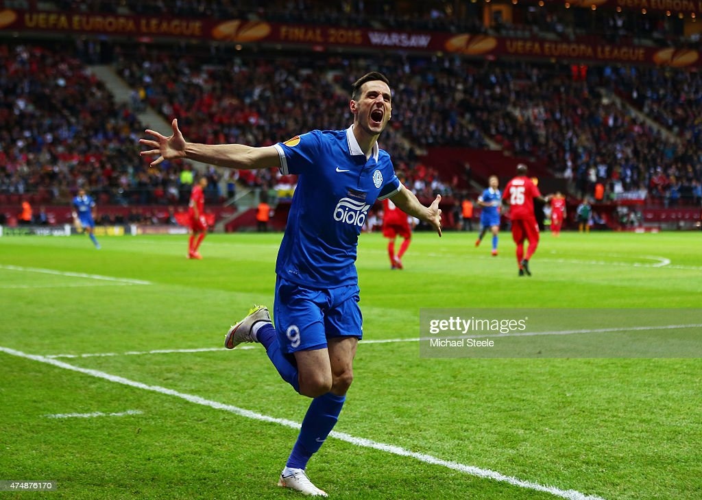 Nikola Kalinic of Dnipro celebrates scoring the opening goal during the UEFA Europa League Final match between FC Dnipro Dnipropetrovsk and FC Sevilla on May 27, 2015 in Warsaw, Poland.
