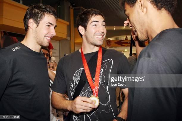 Nikola KARABATIC et son frere Luka Arrivee a Montpellier des medailles d'or olympique du Montpellier Handball accompagnes de Nicola KARABATIC