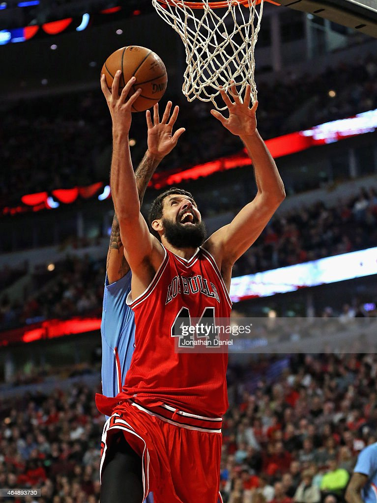 Nikola Mirotic #44 of the Chicago Bulls puts up a shot on his way to a game-high 29 points against the Los Angeles Clippers at the United Center on March 1, 2015 in Chicago, Illinois. The Clippers defeated the Bulls 96-86.