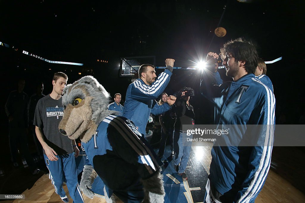 Nikola Pekovic #14 of the Minnesota Timberwolves and Ricky Rubio #9 of the Minnesota Timberwolves greet teammates beforethe game between Philadelphia 76ers and the Minnesota Timberwolves on February 20, 2013 at Target Center in Minneapolis, Minnesota.