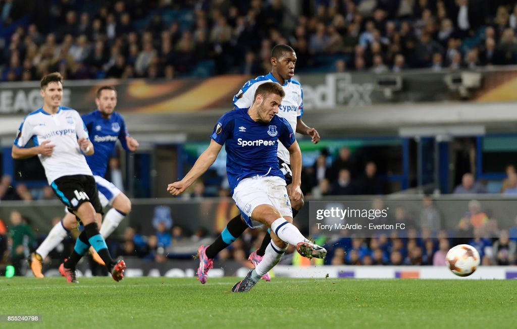Nikola Vlasic shoots to score during the UEFA Europa League match between Everton and Apollon Limassol at Goodison Park on September 28, 2017 in Liverpool, England.