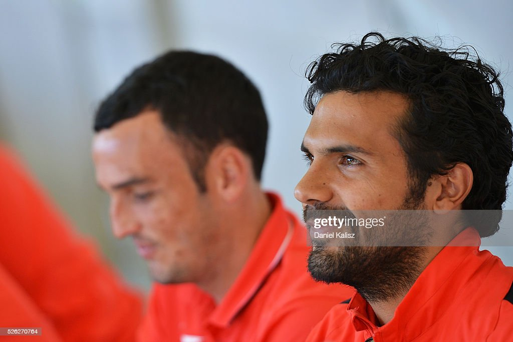 <a gi-track='captionPersonalityLinkClicked' href=/galleries/search?phrase=Nikolai+Topor-Stanley&family=editorial&specificpeople=2517636 ng-click='$event.stopPropagation()'>Nikolai Topor-Stanley</a> of the Wanderers looks on during the A-League Grand Final Fan Day at Bonython Park on April 30, 2016 in Adelaide, Australia.
