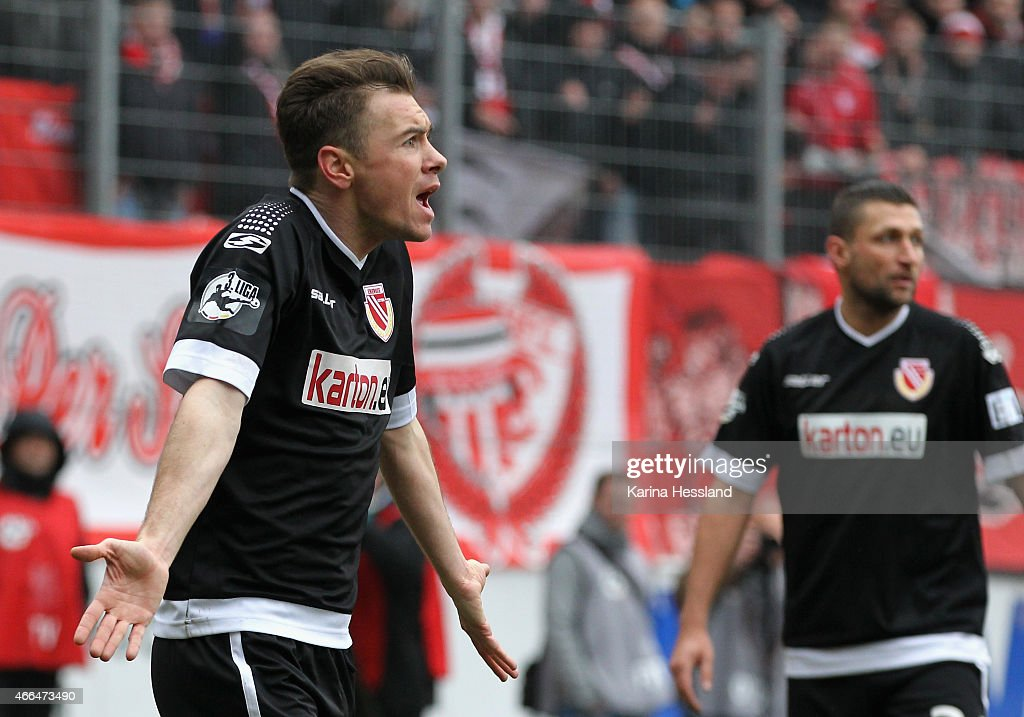 Hallescher FC v Energie Cottbus - 3. Liga
