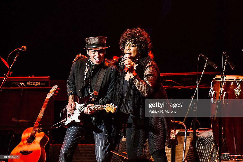 <a gi-track='captionPersonalityLinkClicked' href=/galleries/search?phrase=Nils+Lofgren&family=editorial&specificpeople=1645832 ng-click='$event.stopPropagation()'>Nils Lofgren</a> and Merry Clayton perform at the 18th annual Music Masters series honoring The Rolling Stones at the State Theatre on October 26, 2013 in Cleveland, Ohio.