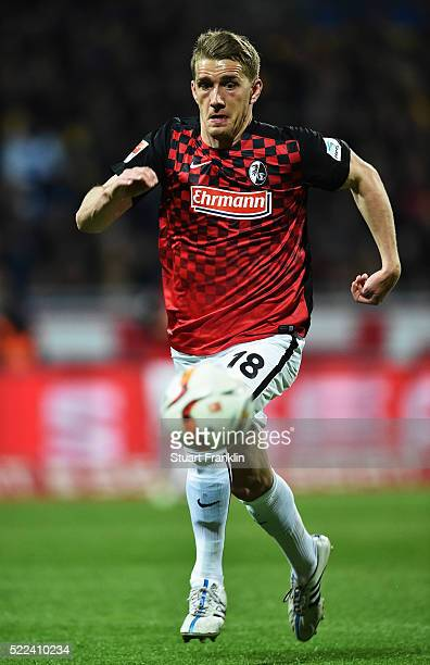 Nils Petersen of Freiburg in action during the second Bundesliga match between Eintracht Braunschweig and SC Freiburg on April 18 2016 in...