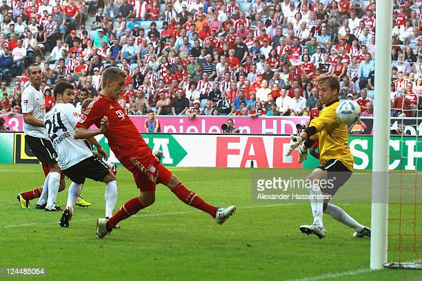 Nils Petersen of Muenchen scores the 7th goal during the Bundesliga match between FC Bayern Muenchen and SC Freiburg at Allianz Arena on September 10...