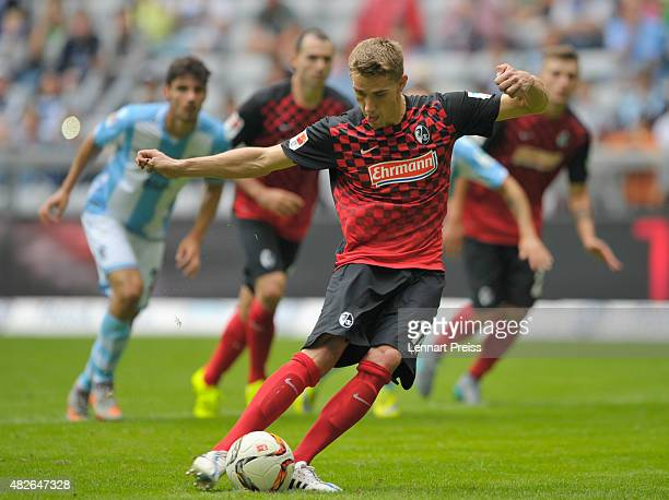 Nils Petersen of SC Freiburg scores a penalty for the opening goal during the 2 Bundesliga match between TSV 1860 Muenchen and SC Freiburg at Allianz...