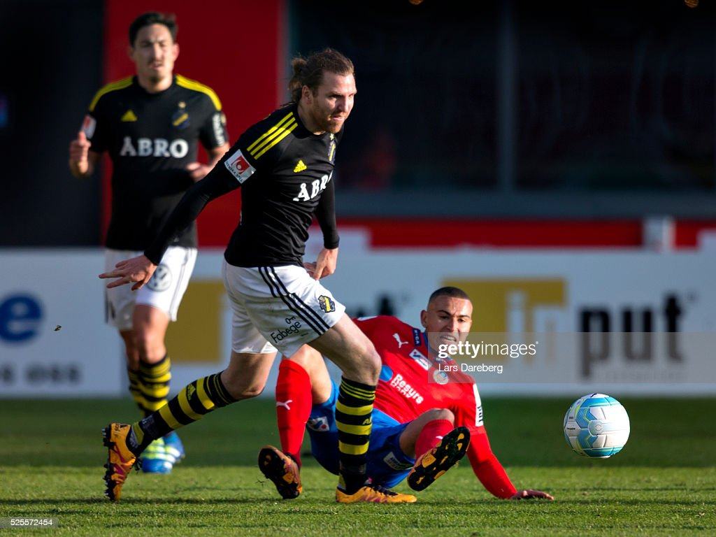 <a gi-track='captionPersonalityLinkClicked' href=/galleries/search?phrase=Nils-Eric+Johansson&family=editorial&specificpeople=240698 ng-click='$event.stopPropagation()'>Nils-Eric Johansson</a> of AIK and Jordan Larsson of Helsingborgs IF during the Allsvenskan match between Helsingborgs IF and AIK at Olympia on April 28, 2016 in Helsingborg, Sweden.