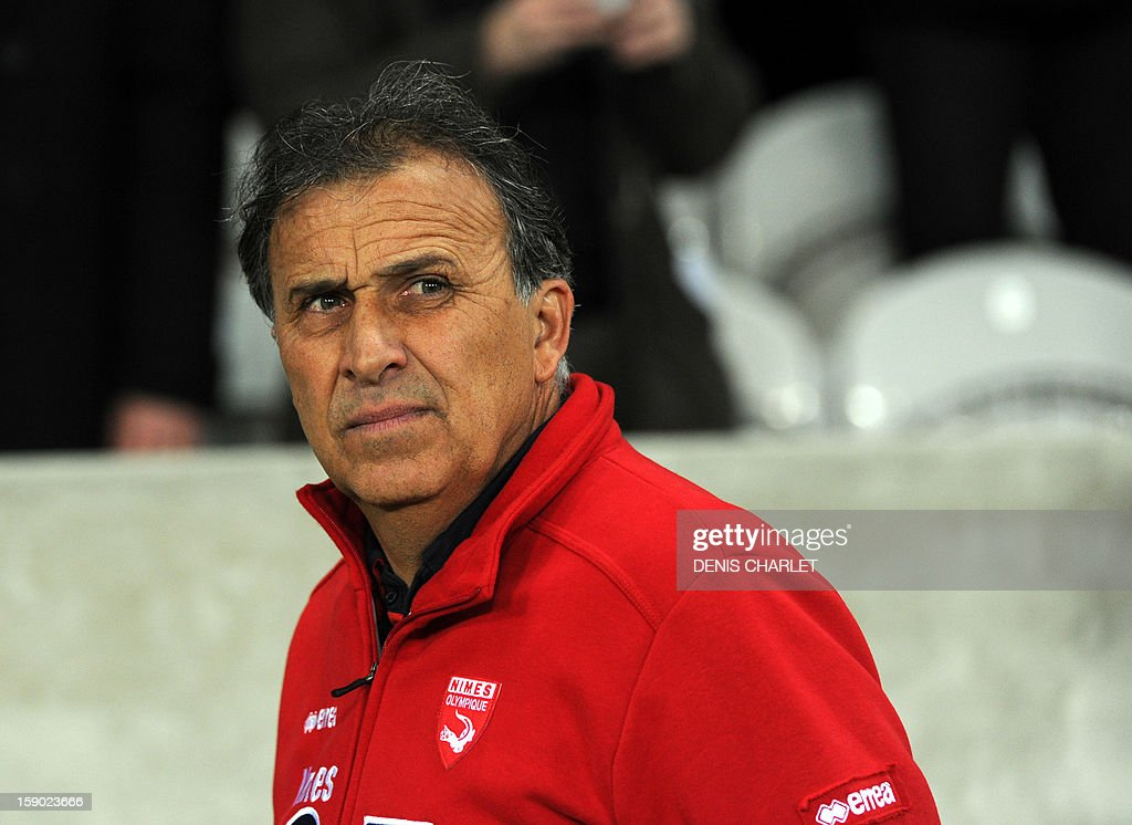 Nimes' head coach Victor Zvunka is pictured during the French Cup football match Lille vs. Nimes at Lille Grand Stade, on January 5, 2013. AFP PHOTO DENIS CHARLET