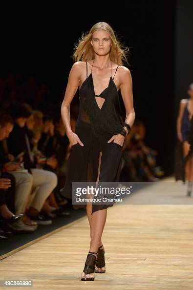 Nina Agdal walks the runway during the Barbara Bui show as part of the Paris Fashion Week Womenswear Spring/Summer 2016 on October 1 2015 in Paris...