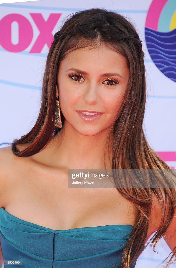 <a gi-track='captionPersonalityLinkClicked' href=/galleries/search?phrase=Nina+Dobrev&family=editorial&specificpeople=4397485 ng-click='$event.stopPropagation()'>Nina Dobrev</a> arrives at the 2012 Teen Choice Awards at Gibson Amphitheatre on July 22, 2012 in Universal City, California.