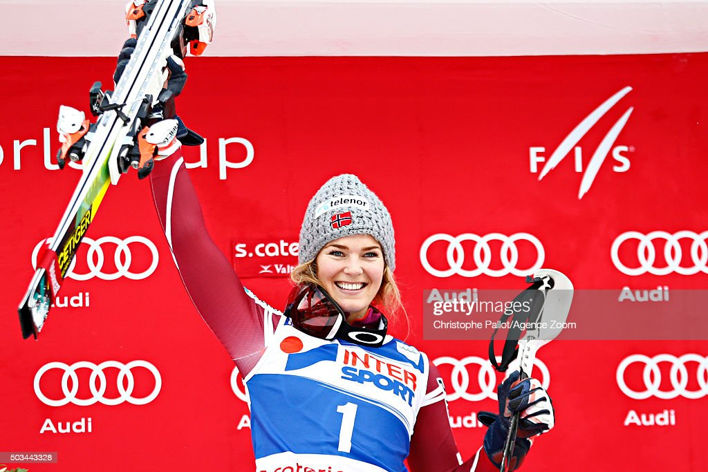 <a gi-track='captionPersonalityLinkClicked' href=/galleries/search?phrase=Nina+Loeseth&family=editorial&specificpeople=4157062 ng-click='$event.stopPropagation()'>Nina Loeseth</a> of Norway takes 1st place during the Audi FIS Alpine Ski World Cup Women's Slalom on January 05, 2016 in Santa Caterina Valfurva, Italy.