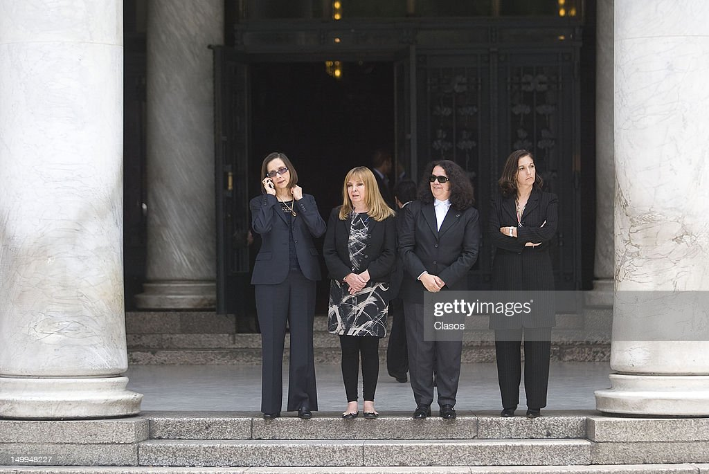 Nina Serratos Alejandra Zavala, Maria Consuelo and Saizar Cortina wait for the remains of the Costa Rican singer Chavela Vargas naturalized Mexican to arrive at the Palace of Fine Arts, on August 07, 2012 in Mexico City, Mexico.