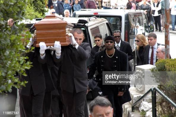 Nina Simone S Funeral In France April 25 2003 Photos