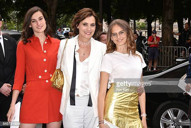 Nine D'Urso her mother Ines de La Fressange and her sister Violette D'Urso attend the Chanel show during Paris Fashion Week Haute Couture Fall/Winter...
