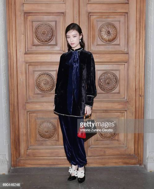 NiNi arrives at the Gucci Cruise 2018 fashion show at Palazzo Pitti on May 29 2017 in Florence Italy