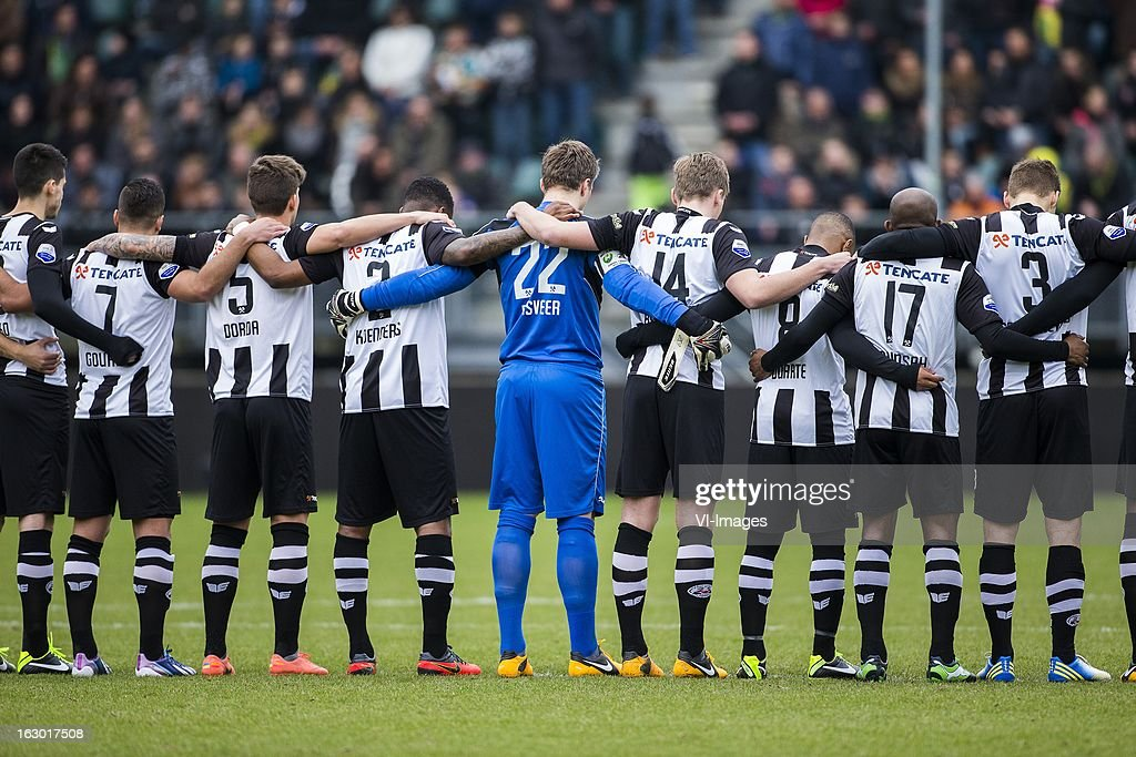 Ninos Gouriye of Heracles Almelo, Christian Dorda of Heracles Almelo, Milano Koenders of Heracles Almelo, Goalkeeper Remko Pasveer of Heracles Almelo, Ben Rienstra of Heracles Almelo, Lerin Duarte of Heracles Almelo, Kwame Quansah of Heracles Almelo, Bart Schenkeveld of Heracles Almelo - Theo Bos during the Dutch Eredivisie match between ADO Den Haag and Heracles Almelo at the Kyocera Stadium on march 03, 2013 in The Hague, The Netherlands