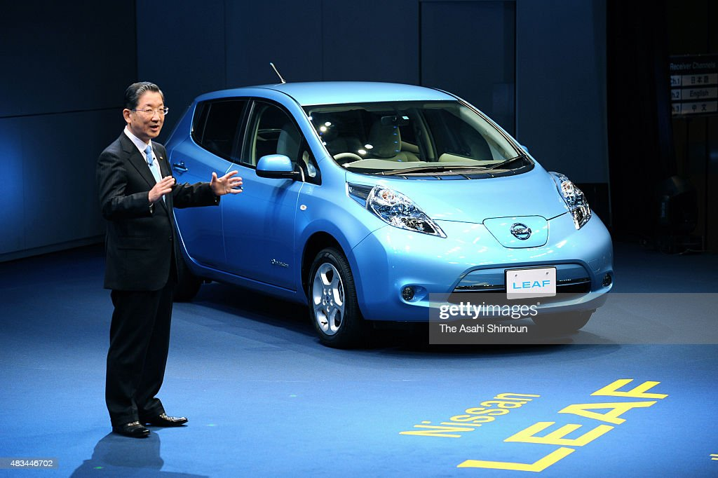 Nissan Motor Co COO Toshiyuki Shiga introduces the new electric vehicle 'LEAF' during the unveiling at the company headuqarters on December 3 2010 in...