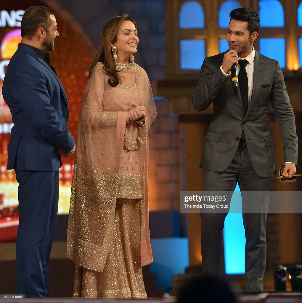 Nita Ambani Varun Dhawan and Salman Khan at the Sansui Colors Stardust Awards 2015 in Mumbai
