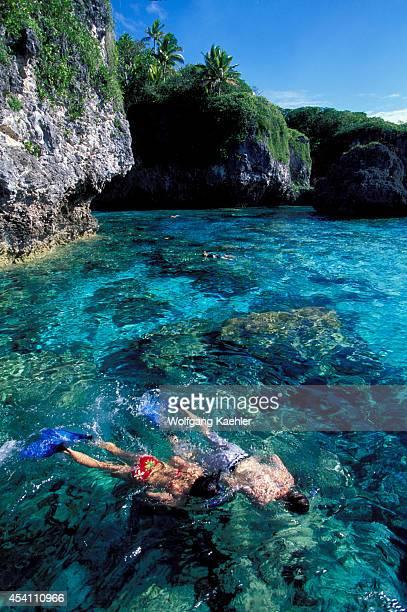 Niue Island Limu Limestone Rock People Snorkeling