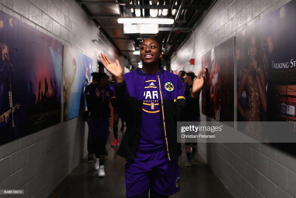 Nneka Ogwumike #30 of the Los Angeles Sparks leads teammates out to the court before the semifinal game three of the 2017 WNBA Playoffs at Talking Stick Resort Arena on September 17, 2017 in Phoenix, Arizona.