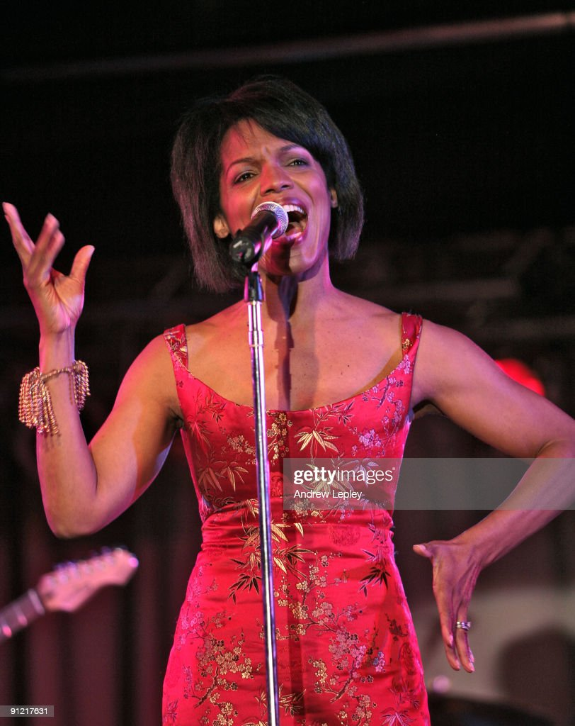 Nnenna Freelon performing on stage at the 2009 Berks Jazz Festival on March 28th 2009 in Reading Pennsylvania