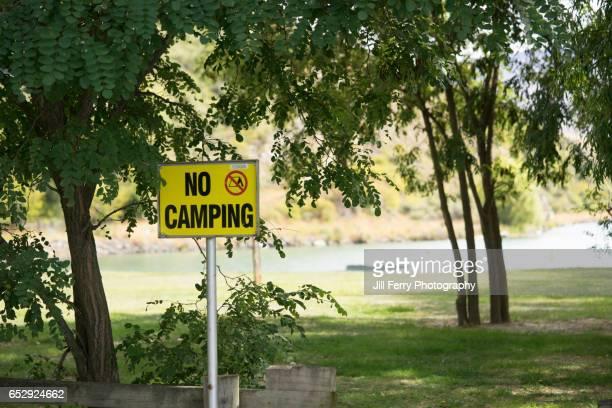 'No Camping' Sign