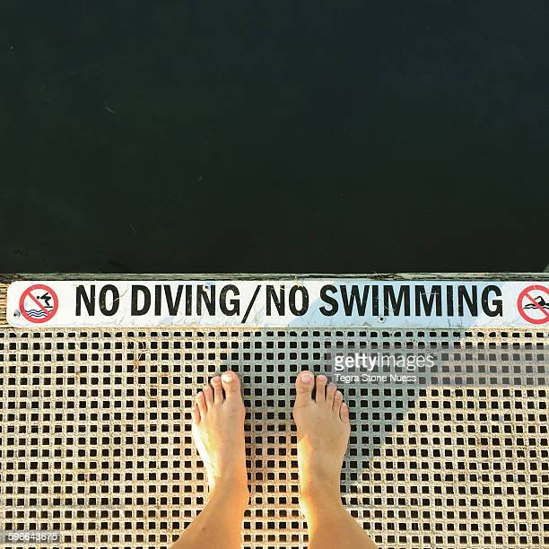 No Diving/No Swimming