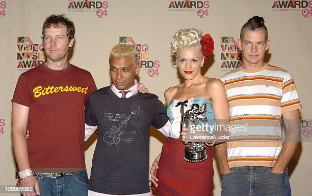 No Doubt winners of Best Group Video and Best Pop Video
