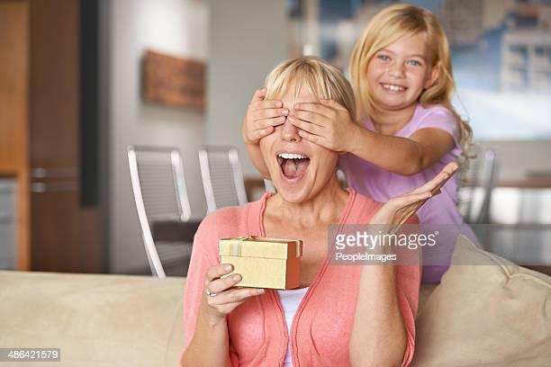 Ne pas regarder maman