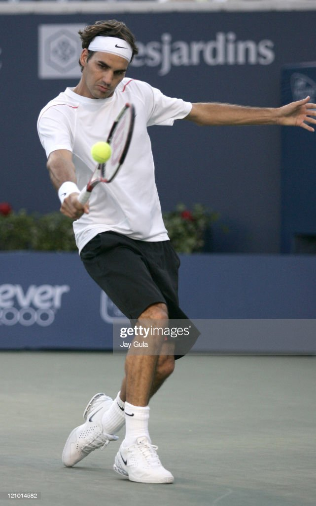 No.1 seed Roger Federer of Switzerland in action vs Xavier Malisse of Belgium at the Rogers Cup ATP Master Series tennis tournament at the Rexall Centre in Toronto, Canada. Federer defeated Malisse 7-6, 6-7, 6-3 to advance to the semi- finals . August 11, 2006
