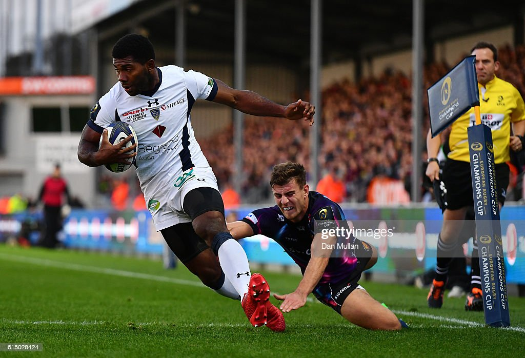 Noa Nakaitaci of Clermont Auvergne crosses the line to score his side's second try during the European Rugby Champions Cup match between Exeter Chiefs and Clermont Auvergne at Sandy Park on October 16, 2016 in Exeter, United Kingdom.