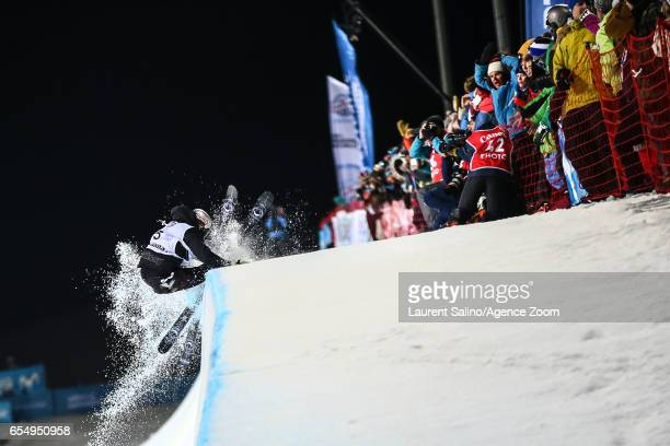 Noah Bowman of Canada crashes out during the FIS Freestyle Ski Snowboard World Championships Halfpipe on March 18 2017 in Sierra Nevada Spain