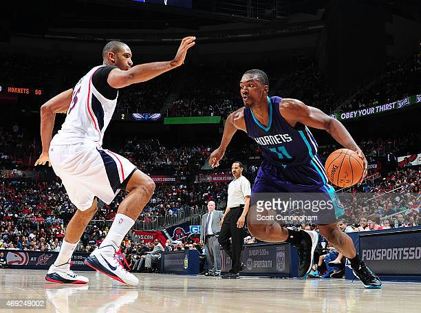 Noah Vonleh of the Charlotte Hornets drives to the basket against the Atlanta Hawks during the game on April 10 2015 at Philips Arena in Atlanta...