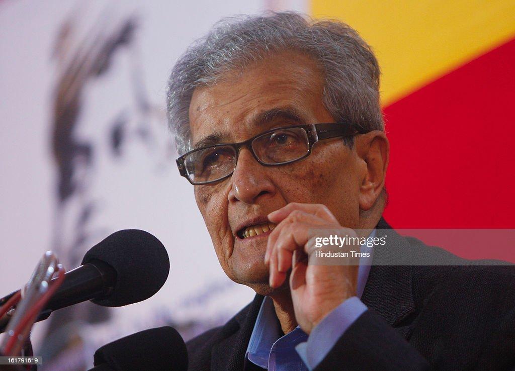 Nobel Laureate Amartya Sen addressing a seminar on Unions & Economic Development during the 90th Anniversary Celebration of RBEA (Reserve Bank Employees Association) on February 16, 2013 in Kolkata, India.